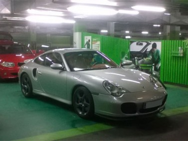 Porsche Turbo 1
